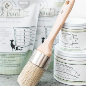 Med Size Paint/Wax brush