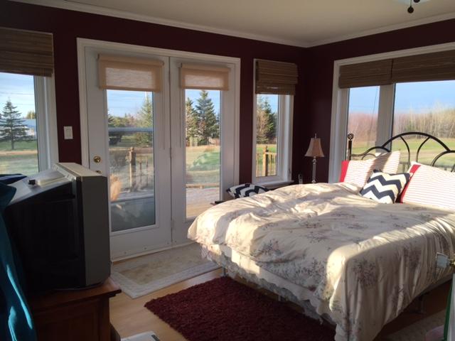 master bedroom bedroom before