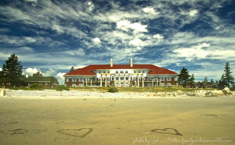 White Point Beach Resort is such an amazing resort beach resort in Nova Scotia Canada, perfect for a DIY retreat
