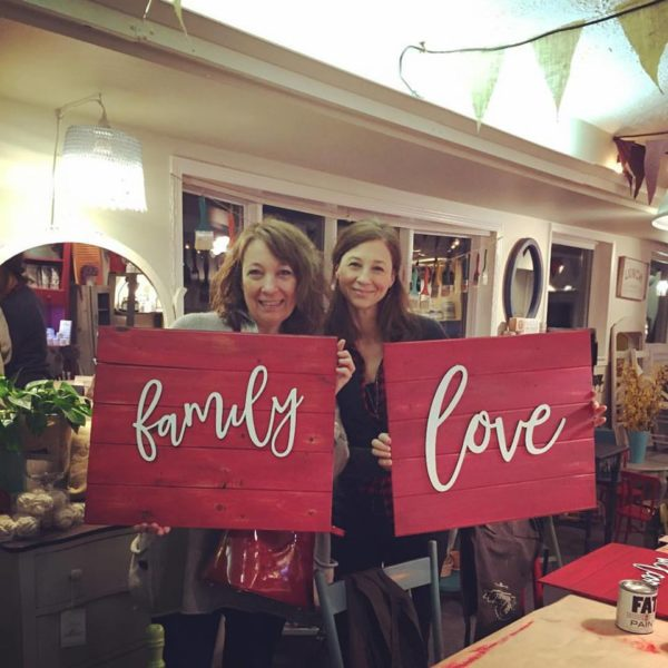 make these signs at our pallet sign workshops