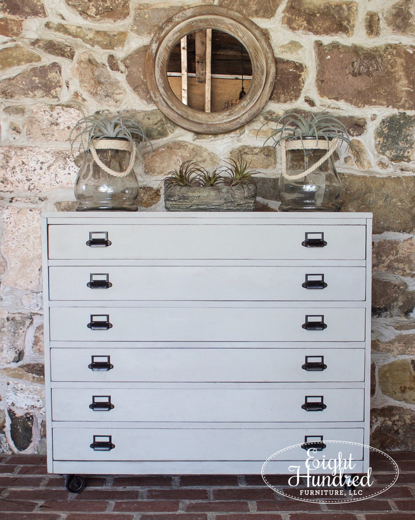 Another beautiful piece painted with Miss Mustard Seed's Milk Paint, check out 10 other gorgeous MMS Milk Painted pieces